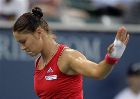 dinara talk to the hand