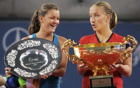 beijing-wta-agnieszka-radwanska-svetlana-kuznetsova-china-open-trophy-ceremony