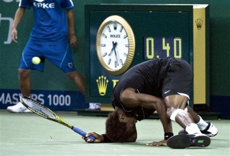 gael monfils hair. and Gael Monfils rolled
