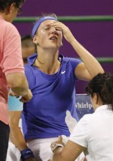 victoria azarenka doha cramp2