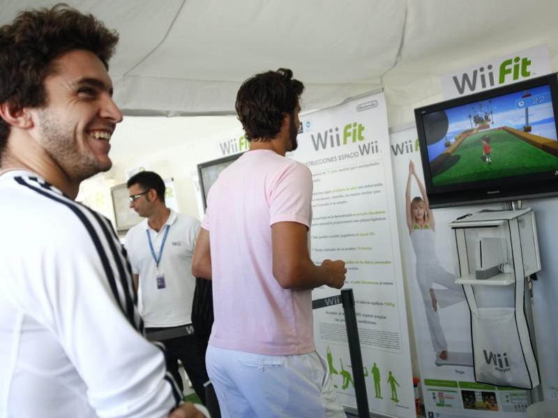 Jo wilfried tsonga new balls please for Wii valencia