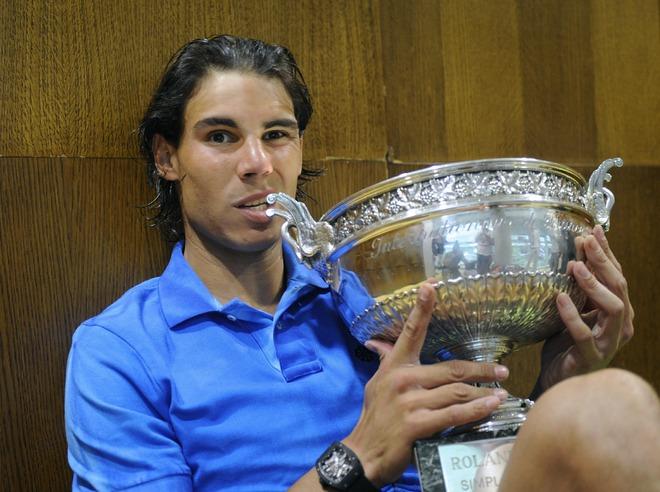 """Надаль одолел Федерера и в шестой раз стал чемпионом """"Ролан Гаррос"""""""